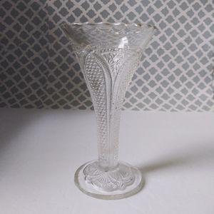 Vintage crystal hobnail bud vase